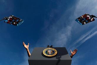 Президент США Барак Обама в пятницу предпримет последнюю попытку избежать обрыва