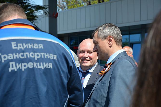 Генеральный директор ЕТД Игорь Титов (в центре) рассказал о новшествах в работе системы единого билета