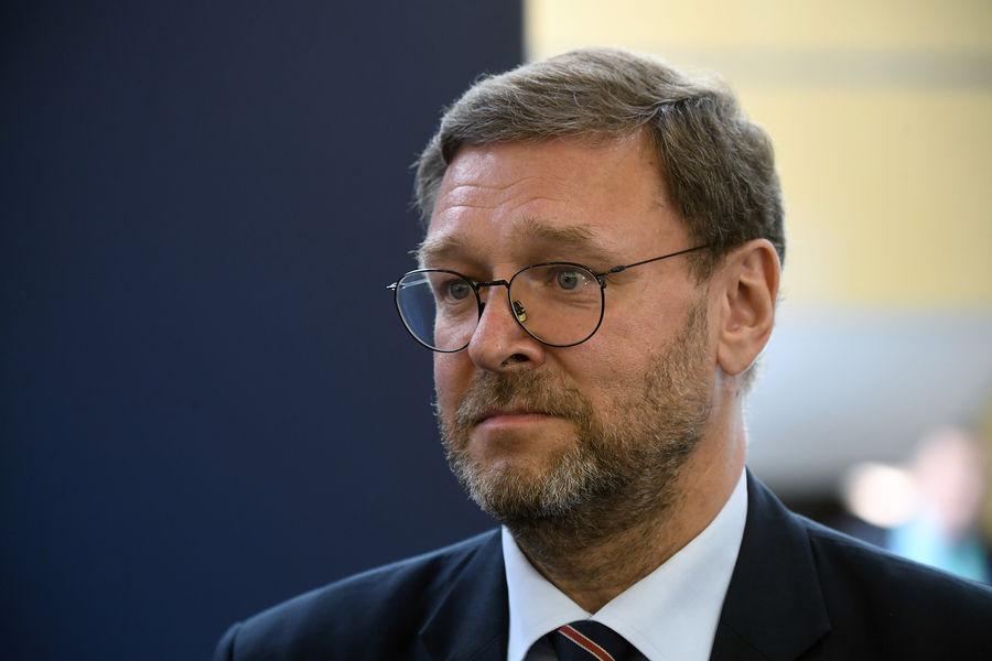 Косачев назвал моветоном возможные санкции США против официальных лиц России