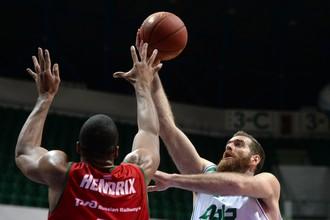 «Локомотив-Кубань» обыграл УНИКС в четвертьфинале