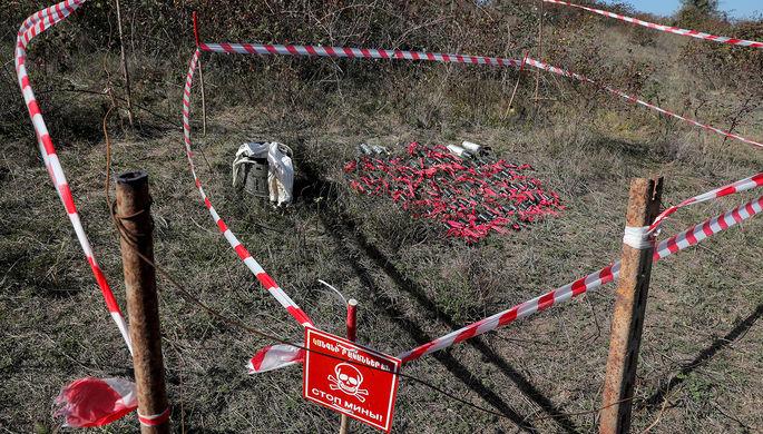 Собранные неразорвавшиеся боеприпасы в пригороде Степанакерта, 12 октября 2020 года