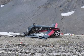Разбившийся самолет в Швейцарских альпах