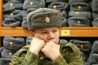 Вместо традиционных армейских шапок-ушанок в армии появятся современные головные уборы