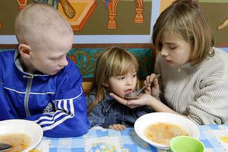 В пятницу состоялся «правительственный час» в Госдуме, посвященный вопросам усыновления российских детей