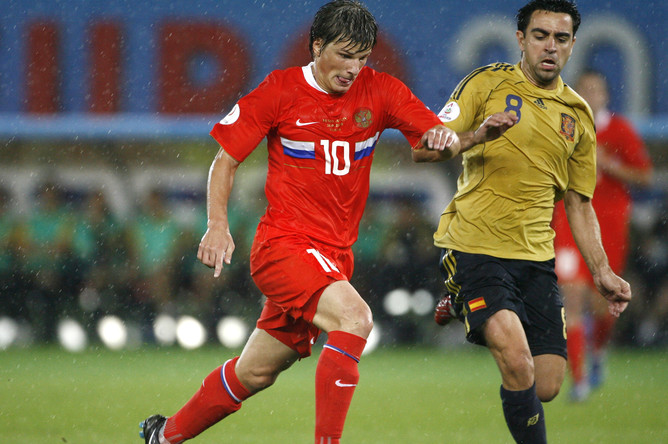 Хави и Андрей Аршавин в полуфинальном матче Евро 2008