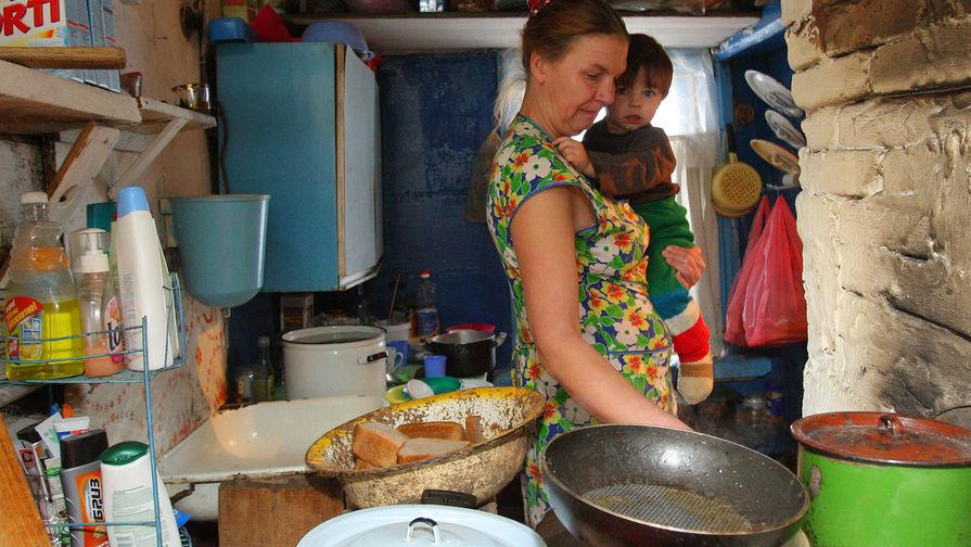 Не хватает даже на еду: россияне вконец обеднели