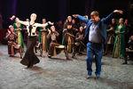 Рамзан Кадыров Кадыров вГосударственном театральном концертном зале Грозного на70-летии ансамбля танца «Вайнах», 2009