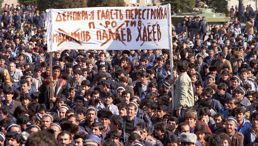 Во время событий в Душанбе, февраль 1990 года