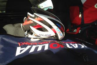 Шлем лидера команды «Катюша» на «Туре Швейцарии» — универсального гонщика Симона Шпилака