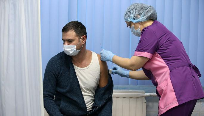 Полгода минимум: сколько держится эффект от вакцины