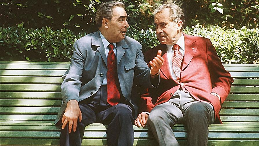 Брежнев И Никсон Подписали Договор О