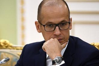 Секретарь Общественной палаты России Александр Бречалов во время встречи генпрокурора Юрия Чайки с членами ОП, март 2017 года