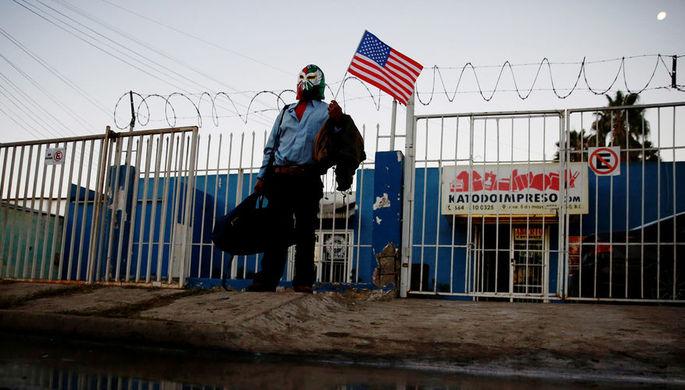 Пентагон перебросил военных на границу с Мексикой