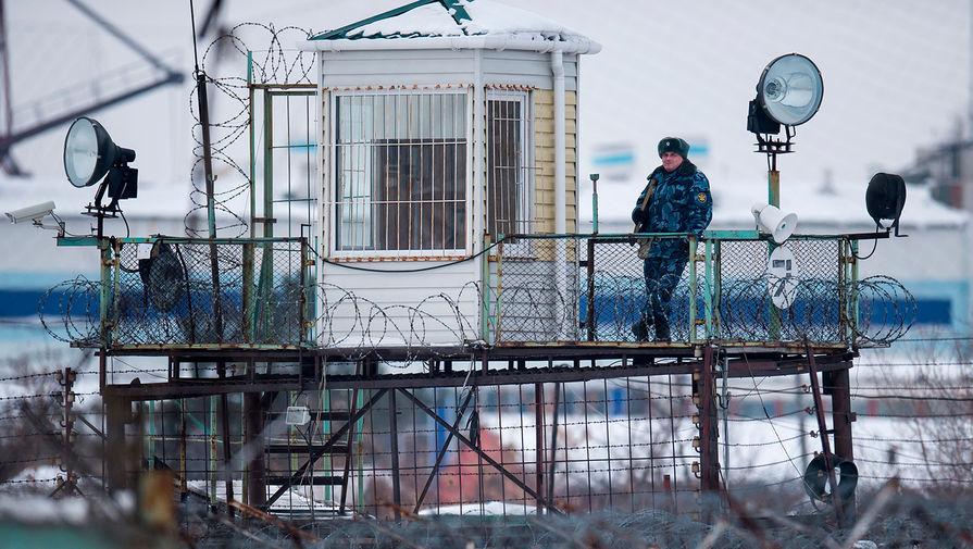 Правоохранители пресекли в Москве канал поставки мобильных телефонов в СИЗО