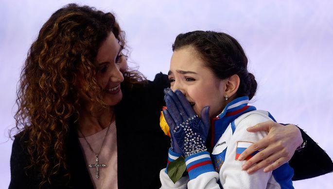 Чемпионка Европы – 2016 Евгения Медведева со своим тренером Этери Тутберидзе