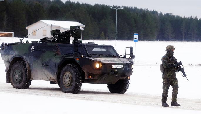 «Железный волк»: НАТО учится наступать и обороняться