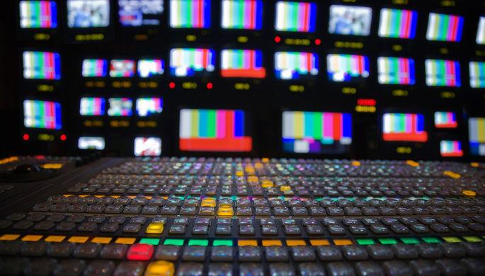 Шоу без зрителей: коронавирус ударил по российскому телевидению