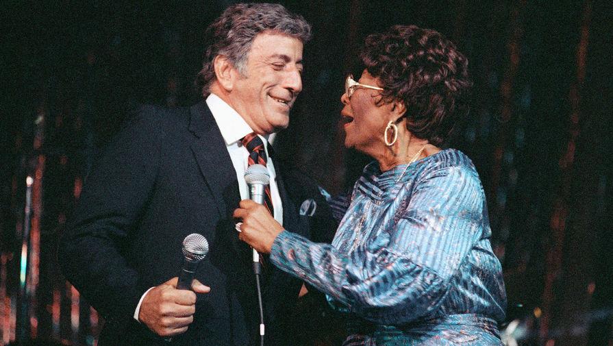 Элла Фицджеральд и Тони Бенетт поют дуэтом, Нью-Йорк, 1990 год