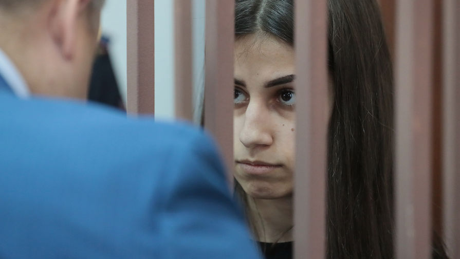 Суд оставил сестер Хачатурян на свободе - Газета.Ru 1c9ea32f40b