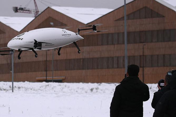 Тестовый полет прототипа электролета в рамках презентации лаборатории городских полетов, 7 декабря 2018 года