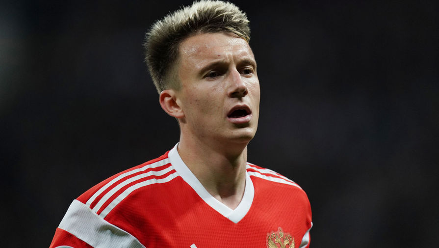 Головин пошутил над Джикией, которого признали лучшим игроком матча с Болгарией