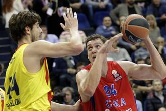 Баскетбольный ЦСКА обыграл в матче Евролиги «Барселону»