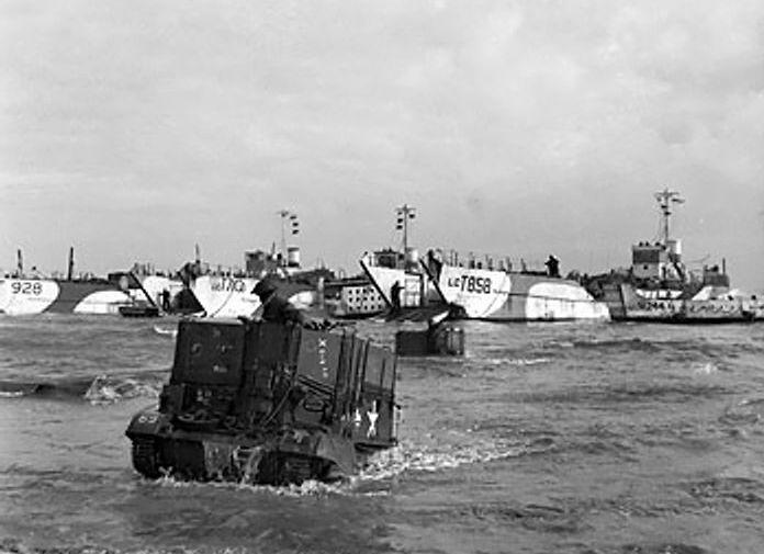"""75 лет назад началась операция """"Оверлорд"""" по высадке союзников в Нормандии"""