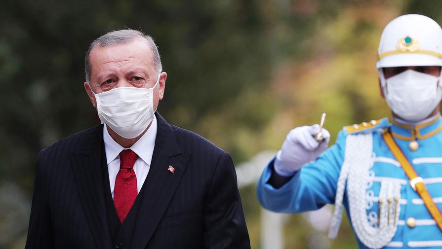 Эрдоган назвал сроки начала вакцинации от коронавируса в Турции