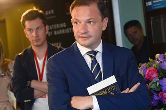 Телеведущий Сергей Брилев на церемонии вручения премии ТЭФИ-2016 в категории «Вечерний прайм» в Москве
