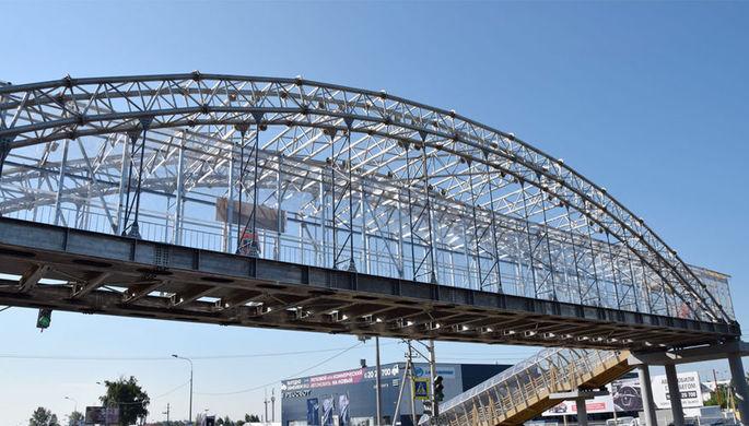 Металлоёмкость алюминиевого моста по сравнению со сталью в 2,5 раза меньше. Это и позволяет...