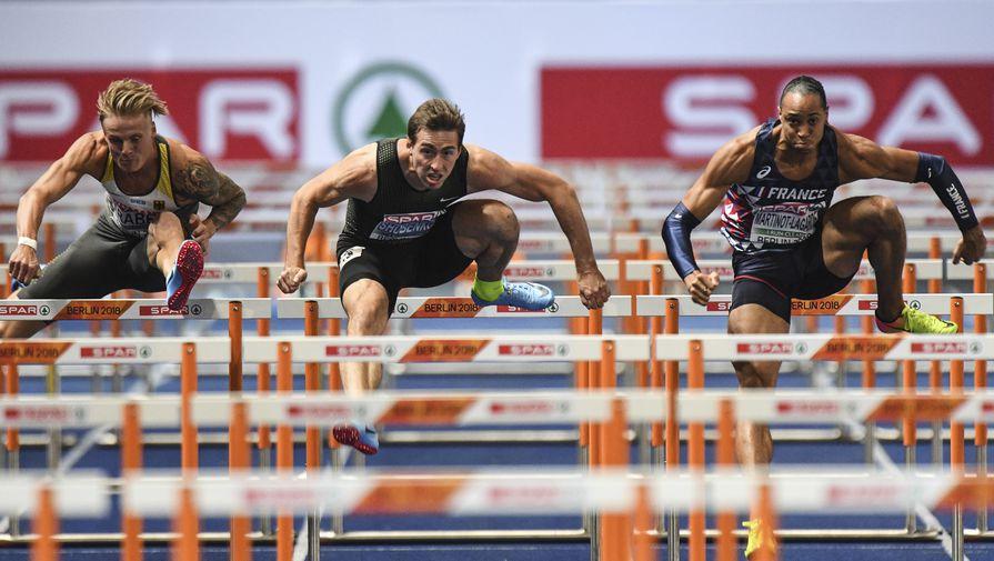 Сергей Шубенков на дистанции забега среди мужчин на 110 м с барьерами на чемпионате Европы по легкой атлетике в Берлине.