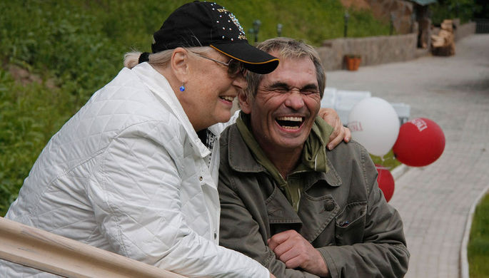 Лидия Федосеева-Шукшина и Бари Алибасов, 2008 год