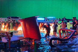 «Волны и пылающий огонь»: как Кэмерон снимает новый «Аватар»