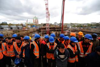 Если дела в экономике будут идти по-прежнему, россиянам тоже придется искать работу на чужбине