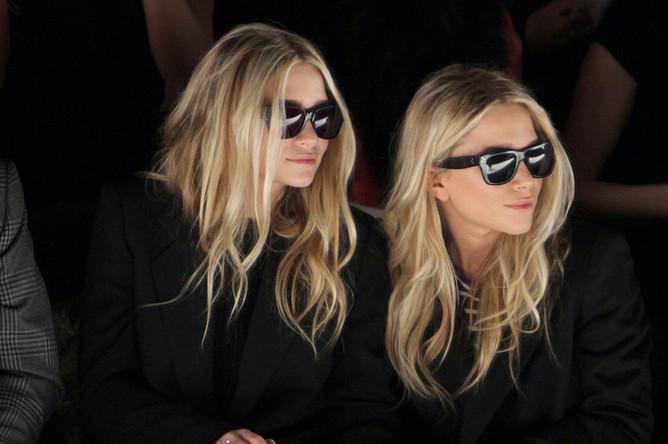 Эшли и Мэри-Кейт Олсен на модном показе
