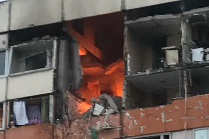 На месте взрыва в жилом доме в Санкт-Петербурге, 13 марта 2018 года