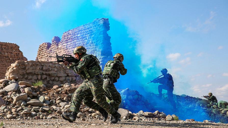 «Искушенность и агрессивность»: в США оценили угрозы от РФ и КНР