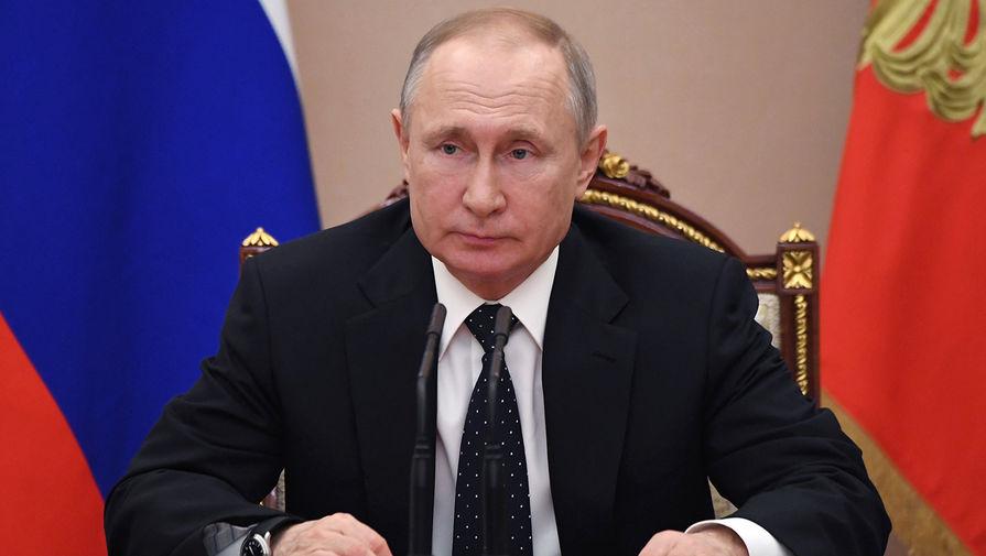 Путин поздравил Бжанию с победой на выборах президента Абхазии