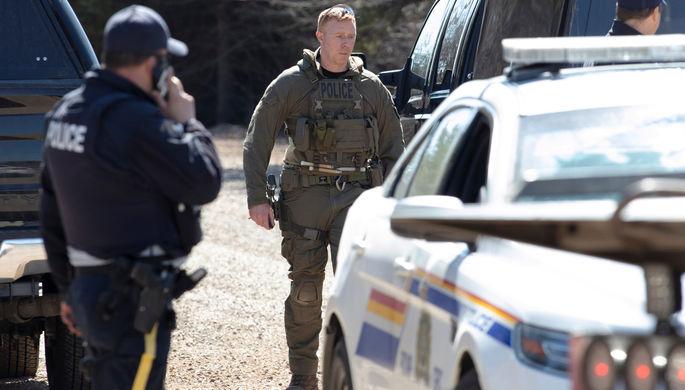 «Бессмысленный акт насилия»: в Канаде расстреляны 16 человек