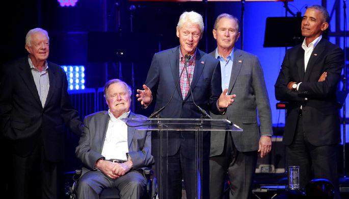 Бывшие президенты США Джимми Картер, Джордж Буш-старший, Билл Клинтон, Джордж Буш-младший и Барак...