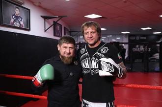 Глава Чечни Рамзан Кадыров и боец ММА Александр Емельяненко