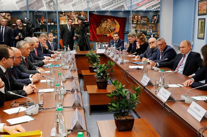 Во время встречи Владимира Путина с руководителями российских печатных СМИ и информационных агентств, 11 января 2018 года