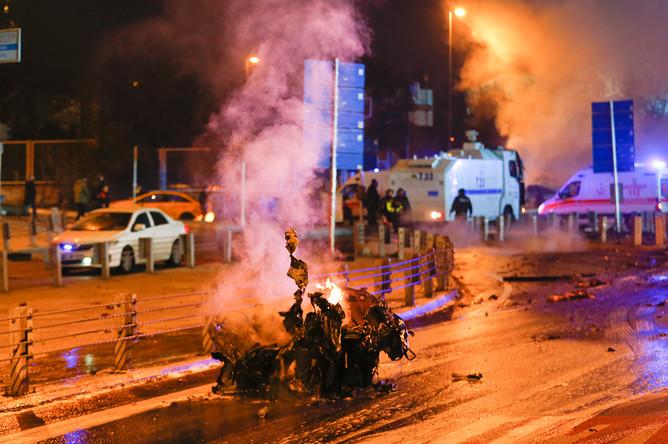 На месте взрыва в Стамбуле