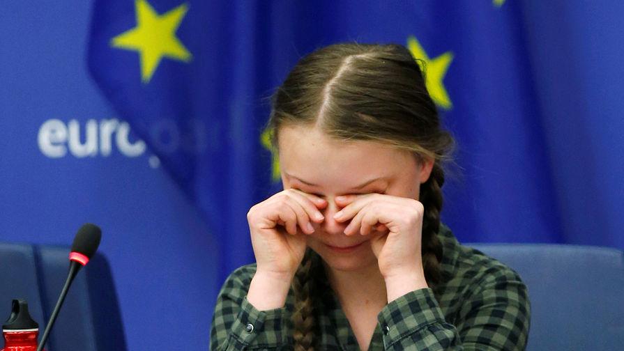 Грета Тунберг плачет во время своей речи на конференции в Страсбурге, 16 апреля 2019 года