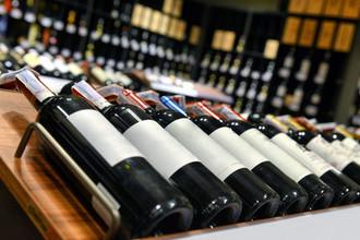 Лезут в бутылку: как воруют элитное вино
