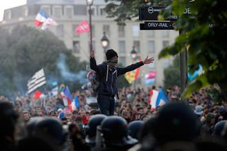 Во Франции и Бразилии прошли массовые акции против легализации однополых браков
