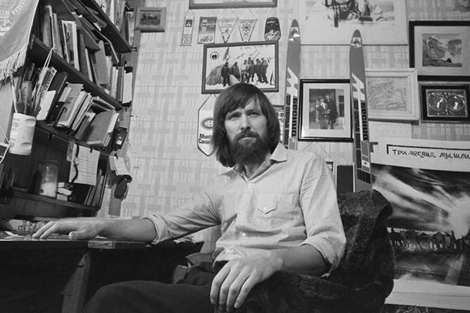 Федор Конюхов в своей мастерской, 1989 год