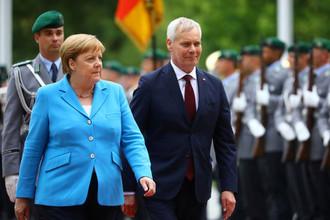 Ангела Меркель во время встречи в Берлине с премьер-министром Финляндии, 10 июля 2019 года