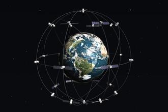 Важной составляющей GPS-системы является привязка к точным атомным часам