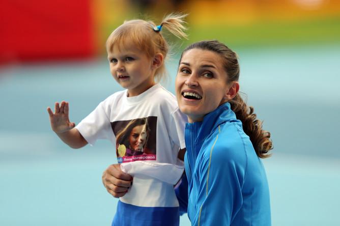 Несмотря на поддержку дочки Ники, Анна Чичерова не смогла выиграть золото чемпионата мира по легкой атлетике 2013